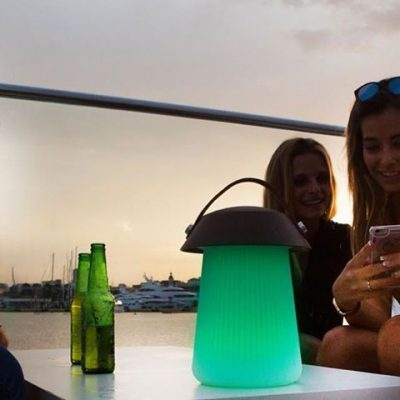 funghi-mantra-lampara-portatil-sobremesa-led-rgb-altavoz-ayora-iluminacion-1