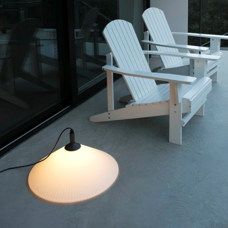 lampara-portatil-exterior-faro-hue-outdoor-lighting-ayora-iluminacion