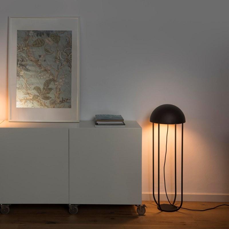 lampara-pie-jellyfish-led-faro-negro-ayora-iluminacion-1