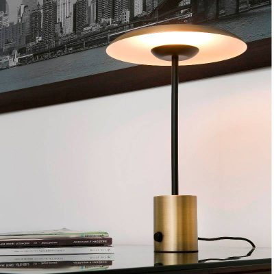 lampara-sobremesa-hoshi-led-faro-oro-satinado-negro-regulable-dimmable