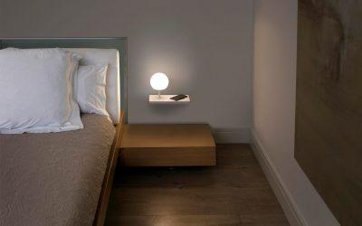 La doble función de Niko LED de Faro: lámpara regulable y cargador del móvil (inalámbrico y USB)