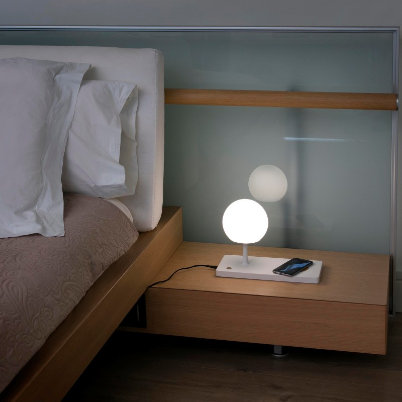 Lámpara sobremesa Niko LED de Faro (con cargador inalámbrico y USB)