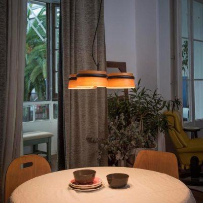 lampara-colgante-loop-led-faro-29567-negra-madera-cerezo-ayora-iluminacion