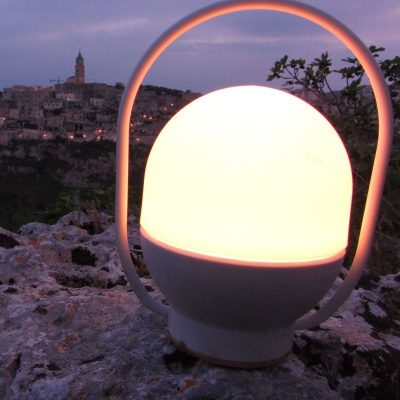 lampara-portatil-faro-take-away-led-blanca-01015-ayora-iluminacion-6