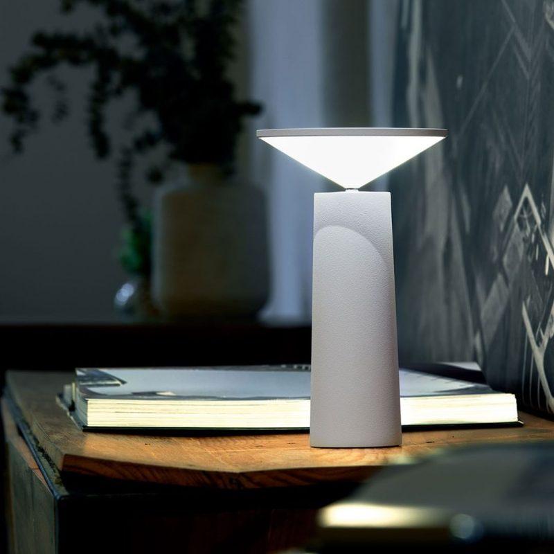 lampara-portatil-sobremesa-grok-cocktail-leds-c4-regulable-blanco-ayora-iluminacion