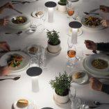 lampara-portatil-sobremesa-grok-cocktail-leds-c4-regulable-blanco.-ayora-iluminacion-4