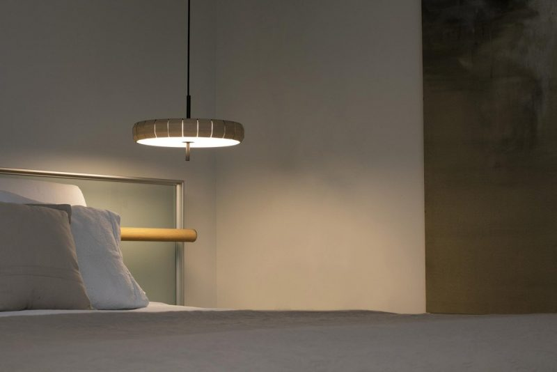 lampara-colgante-faro-phill-led-madera-20099-ayora-iluminacion-valencia-2